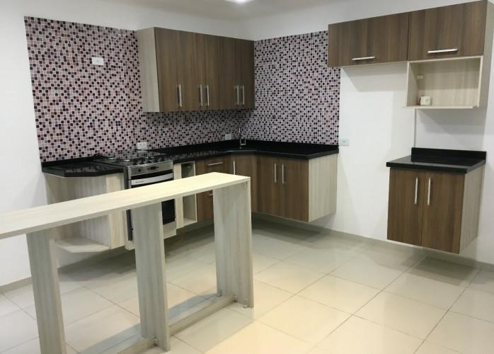 Apartamento Sem Condomínio 2 Dormitórios 78 m² na Vila Guiomar - Santo André.