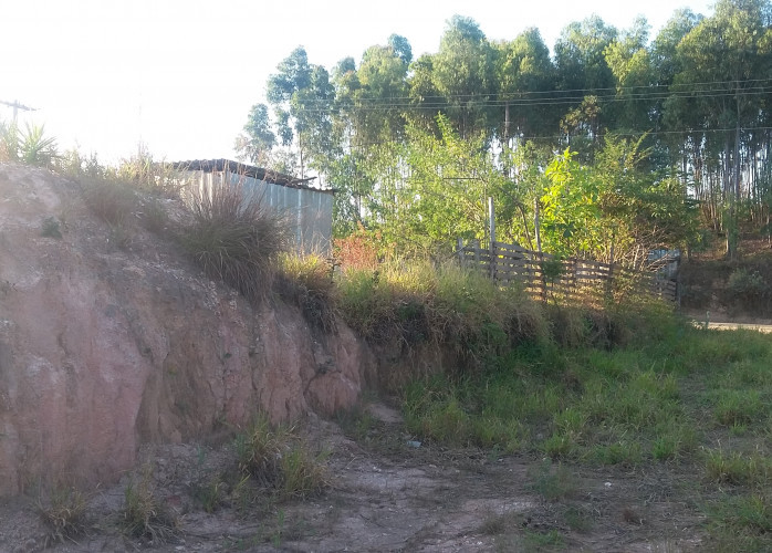 Oportunidade! 45,000 mil(de 60000) Direto com proprietário, excelente localização 20 km de Sorocaba,LINDO TERRENO PLANO