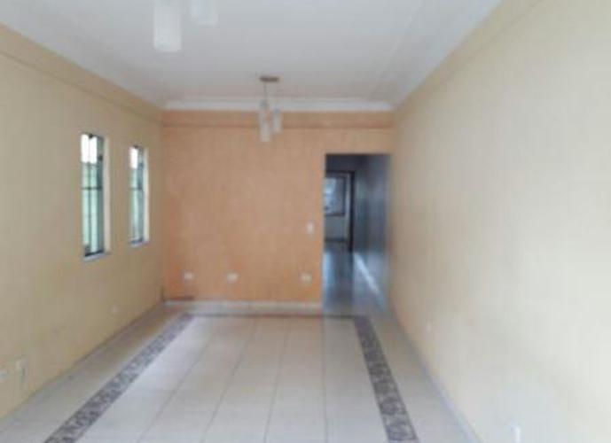 Sobrado à venda, 220 m², 3 quartos, 2 banheiros, 1 suíte