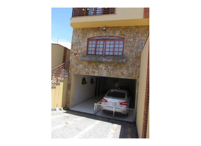 Sobrado à venda, 280 m², 3 quartos, 1 banheiro, 1 suíte
