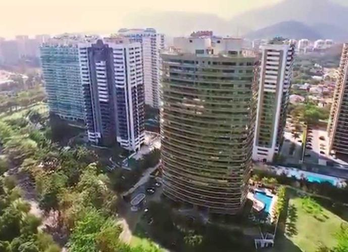 Apartamento em Barra da Tijuca/RJ de 130m² 3 quartos para locação R$ 3.500,00/mes