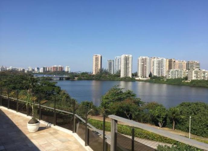 Cobertura em Barra da Tijuca/RJ de 385m² 4 quartos para locação R$ 12.900,00/mes
