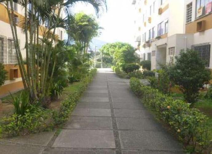 Apartamento em Freguesia (Jacarepaguá)/RJ de 50m² 2 quartos a venda por R$ 200.000,00