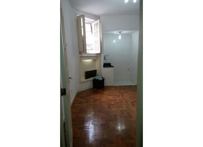 Kitnet em Centro/RJ de 25m² 1 quartos a venda por R$ 130,00
