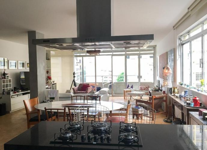 Amplo e reformado - 193 m² a. u. - 2 suites - 2 vgs.
