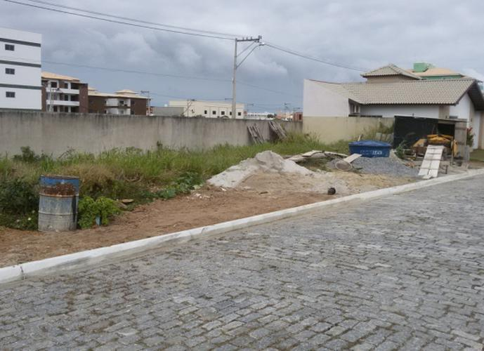 Terreno em Centro/RJ de 242m² a venda por R$ 150.000,00