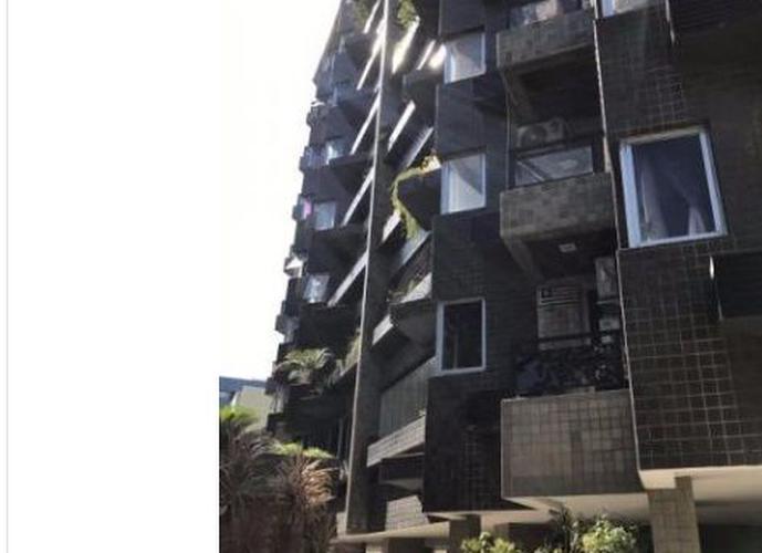 Apartamento a Venda no bairro Ponta Verde - Maceió, AL - Ref: PA0112