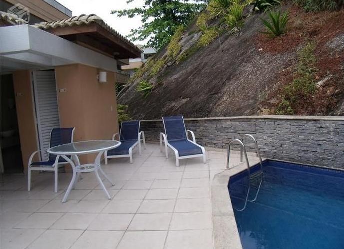 Apartamento/Cobertura Condomínio Fiori - Apartamento a Venda no bairro Itacoatiara - Niterói, RJ - Ref: TRA11651
