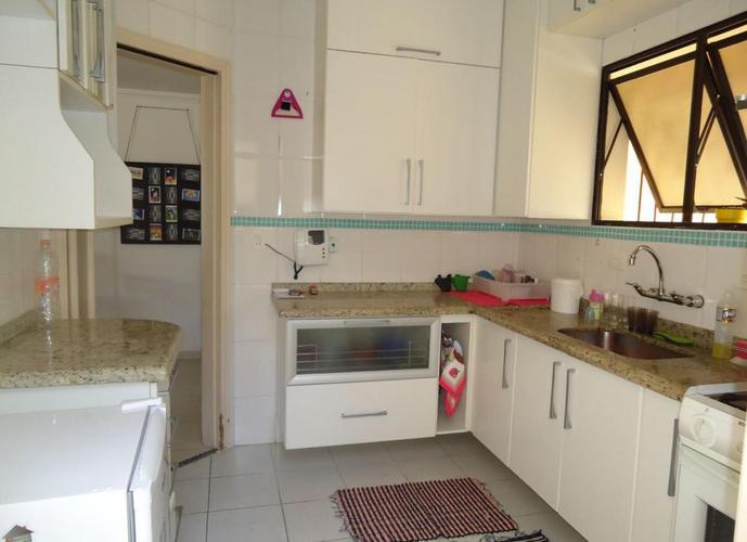 Casa em Condomínio a Venda no bairro Vila Guarani (zona Sul) - São Paulo, SP - Ref: FM171