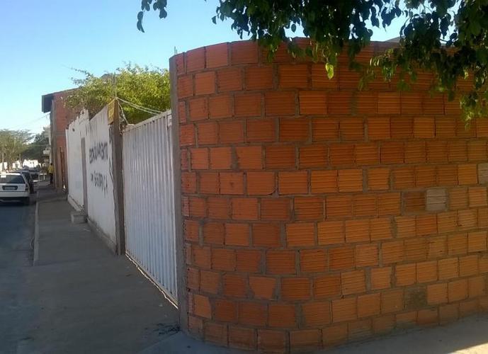 Lote no São Gonçalo 348,75 m2 - Lote a Venda no bairro São Gonçalo - Janaúba, MG - Ref: LI90571