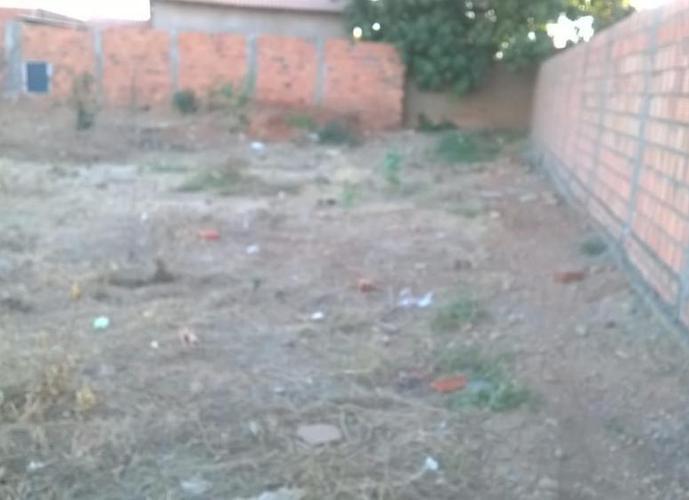 Lote no Isaias Perreira - Lote a Venda no bairro Vila Isaias - Janaúba, MG - Ref: SL27107