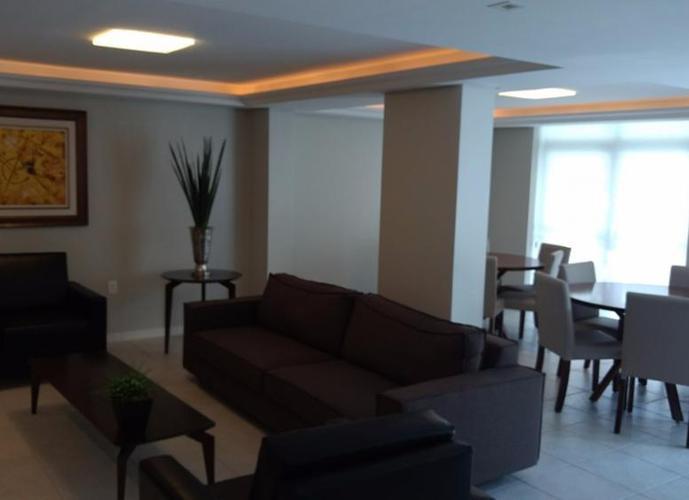 Apartamento a Venda no bairro Centro - Florianopólis, SC - Ref: MH5716