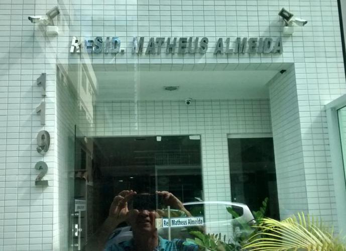 Edifício Matheus Almeida - Apartamento para Aluguel no bairro Praia do Morro - Guarapari, ES - Ref: ANUAL-05
