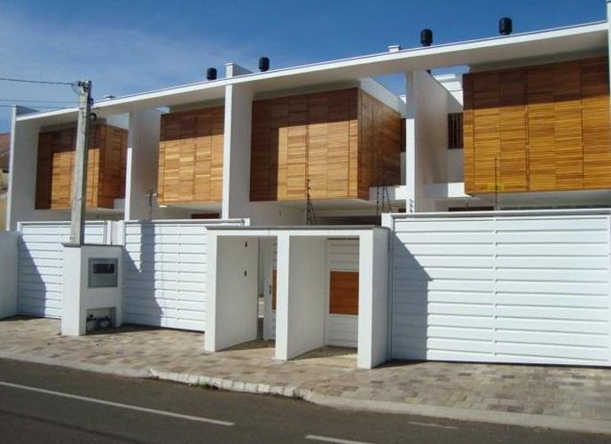 Sobrado 03 Dormitórios c/ Suíte e Closet - Sobrado a Venda no bairro Moinhos - Lajeado, RS - Ref: 431