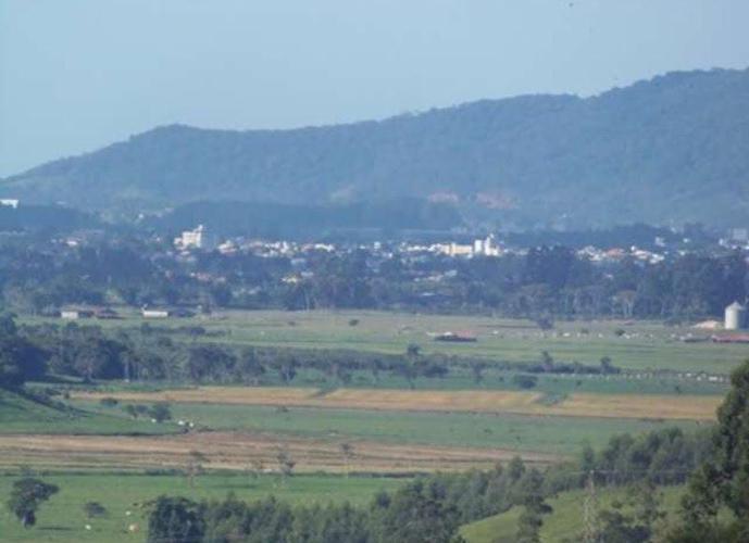 Sítio a Venda no bairro Itinga - Tijucas, SC - Ref: TVST-003