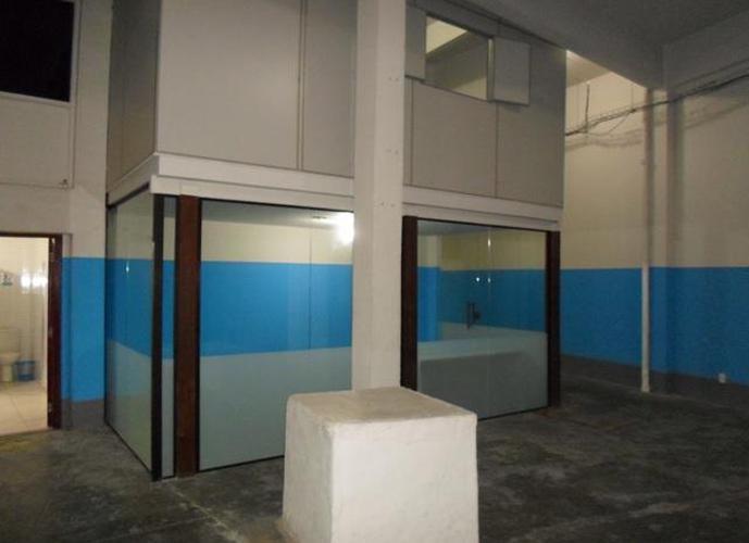 Excelente Prédio Comercial- Centro/Niterói - Prédio para Aluguel no bairro Centro - Niterói, RJ - Ref: TRA51494