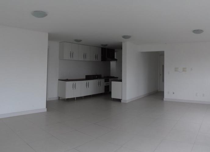Apartamento - Apartamento para Aluguel no bairro Velha - Blumenau, SC - Ref: IM54749