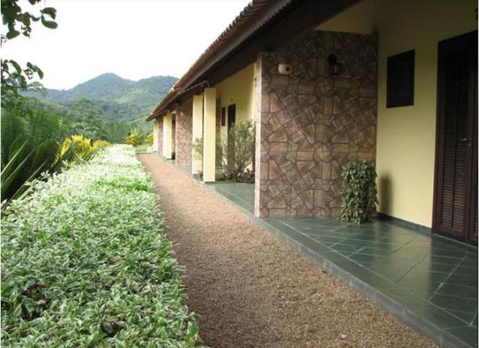 HOTEL-FAZENDA EM PIRAQUERA-AÇÚ - Fazenda a Venda no bairro Braço Magro - Pariquera-açú, SP - Ref: A-39484