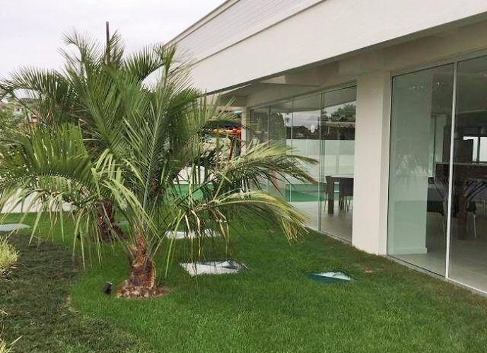 Apartamento a Venda no bairro Areias - São José, SC - Ref: MH5228