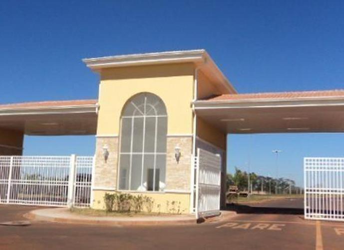 Sobrado à venda no Residencial Portal do Lago em Sumaré - Casa em Condomínio a Venda no bairro Parque Joao de Vasconcelos - Sumaré, SP - Ref: CO70917