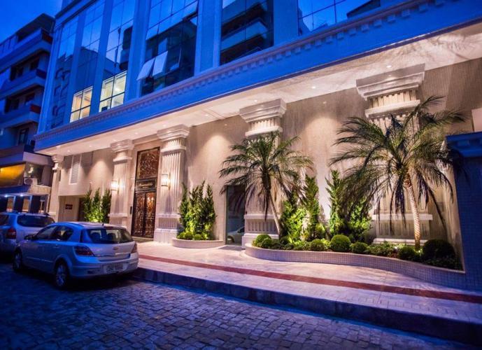 Apartamento Alto Padrão a Venda no bairro Meia Praia - Itapema, SC - Ref: IM267