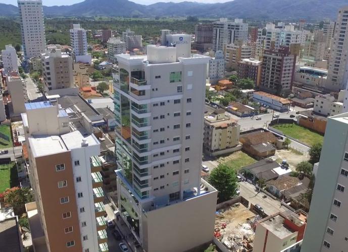 Apartamento Alto Padrão a Venda no bairro Meia Praia - Itapema, SC - Ref: IM212