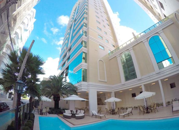 Apartamento Alto Padrão a Venda no bairro Meia Praia - Itapema, SC - Ref: IM247
