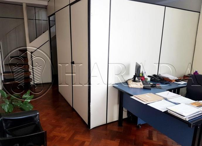 Sobrado 250 m2,4 dm sendo 1 suíte na Praça da Árvore - Sobrado a Venda no bairro Mirandópolis - São Paulo, SP - Ref: HA201