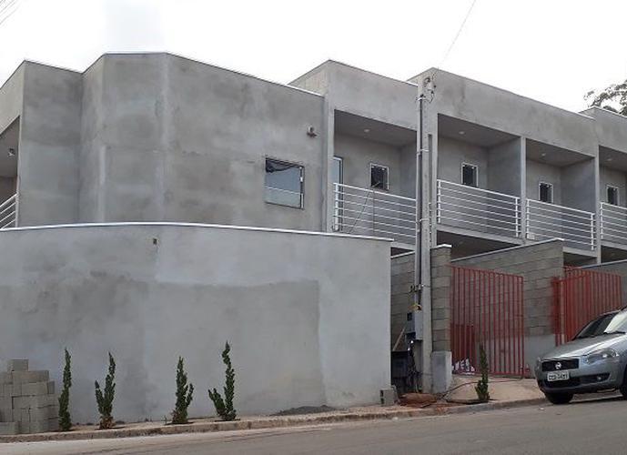 Sobrado a Venda no bairro Jardim Boer I - Americana, SP - Ref: EVSOB007