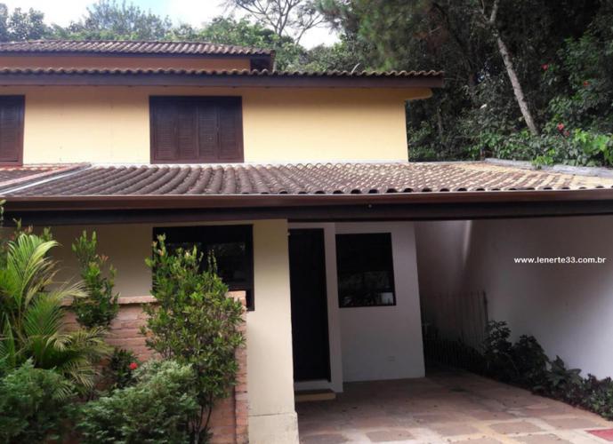 Direita - Casa em Condomínio a Venda no bairro Vila Santo Antônio - Cotia, SP - Ref: CAS056