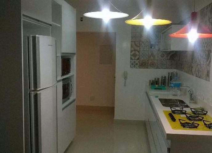 Apartamento Alto Padrão a Venda no bairro Jardim - São Caetano do Sul, SP - Ref: LA00084