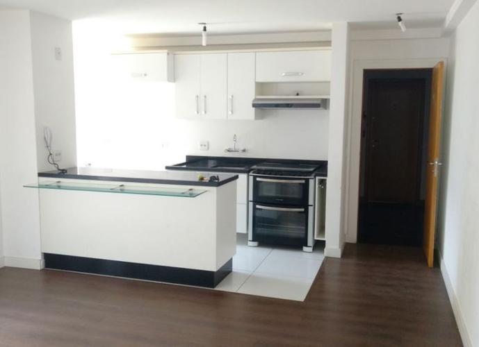 Apartamento a Venda no bairro Champagnat - Curitiba, PR - Ref: MA0016