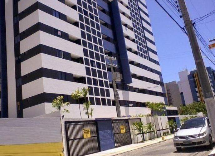 Apartamento a Venda no bairro Ponta Verde - Maceió, AL - Ref: MA300