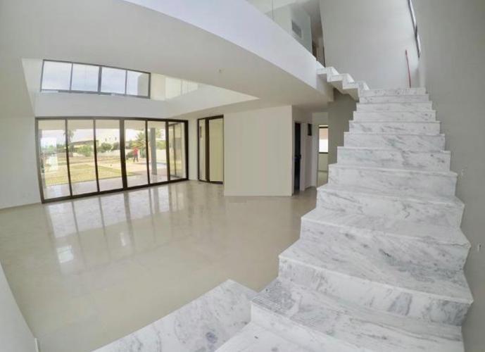 Casa em Condomínio a Venda no bairro Al 101 Sul Km 3 - Maceió, AL - Ref: MA304