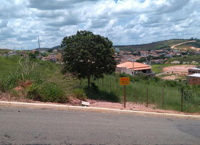 Lote a Venda no bairro Colina Verde 2 - Guanhães, MG - Ref: MSI-0001