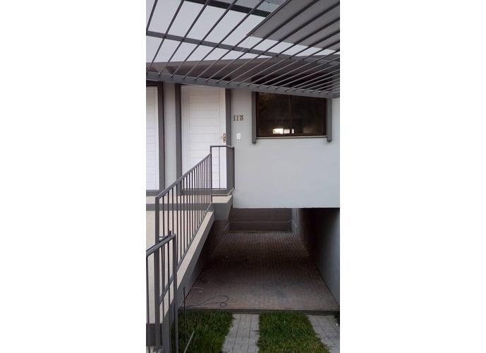 Sobrado com entrada individual - Sobrado a Venda no bairro Nossa Senhora da Saúde - Caxias do Sul, RS - Ref: 3S64431