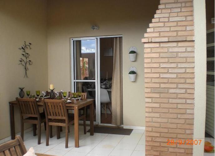 Casa em Condomínio a Venda no bairro Vila do Golf - Ribeirão Preto, SP - Ref: CAS-1016