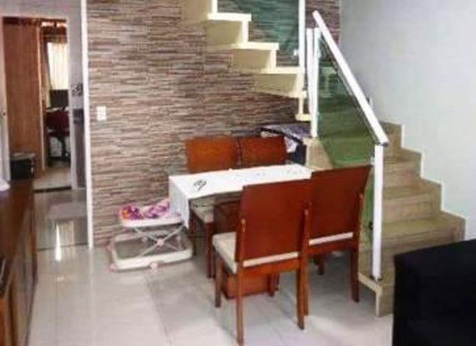 Sobrado à venda, 118 m², 2 quartos, 1 banheiro