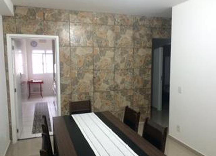 Apartamento finamente mobiliado