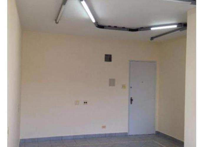 Sala em Centro/SP de 40m² para locação R$ 1.300,00/mes