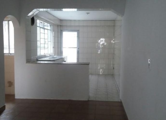 Sobrado em Itaquera/SP de 300m² 3 quartos para locação R$ 2.500,00/mes