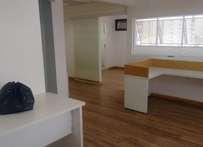 Sala em Chácara Santo Antônio (Zona Sul)/SP de 70m² para locação R$ 3.000,00/mes