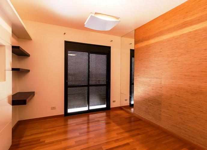 Apartamento para Venda em São Paulo, Pompeia, 3 dormitórios, 3 suítes, 4 banheiros, 3 vagas