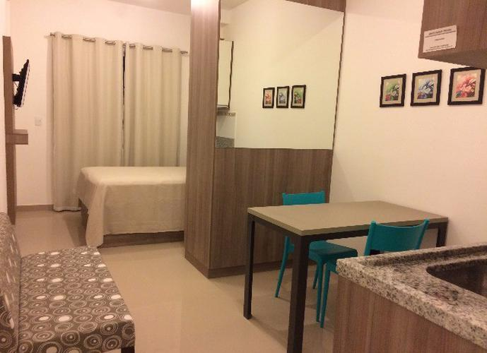 Flats para locação no bairro Granja Viana 1 dormitório 1 vaga