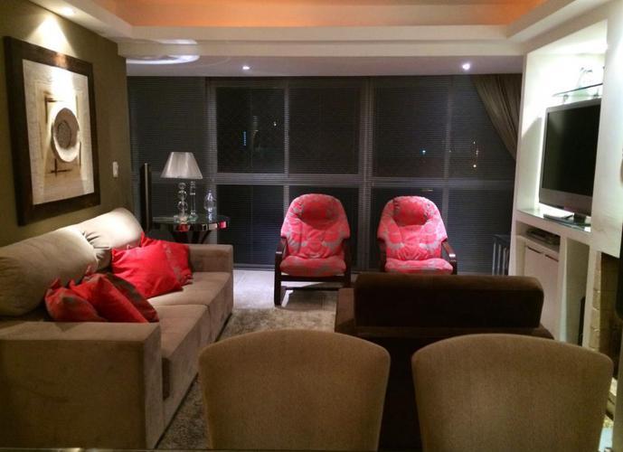 Duplex Impecável - Apartamento a Venda no bairro Centro - Pelotas, RS - Ref: 1009