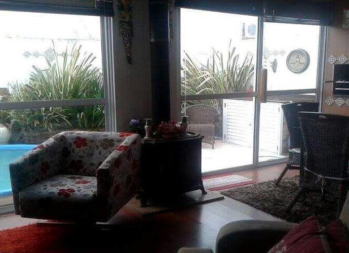 Terra Nova com piscina - Casa em Condomínio a Venda no bairro Três Vendas - Pelotas, RS - Ref: 2341