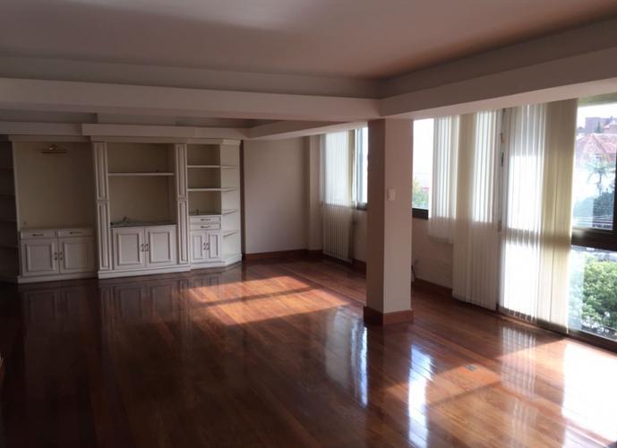 Excelente apartamento - Alto Padrão - Apartamento a Venda no bairro Centro - Pelotas, RS - Ref: 2264