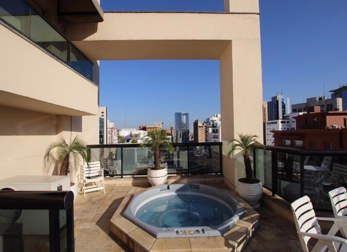 Flat em Itaim Bibi/SP de 35m² 1 quartos para locação R$ 2.300,00/mes