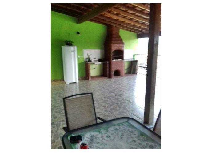 Sobrado em Jardim Sao Miguel/SP de 336m² 3 quartos a venda por R$ 300.000,00