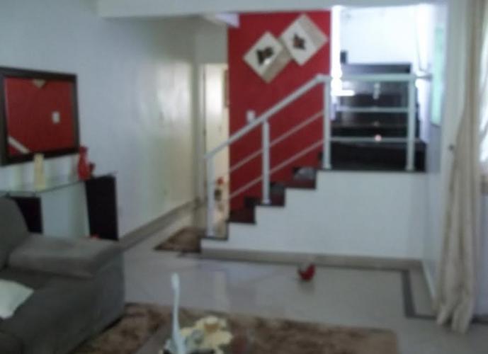 Sobrado em Cidade São Jorge/SP de 183m² 3 quartos a venda por R$ 595.000,00